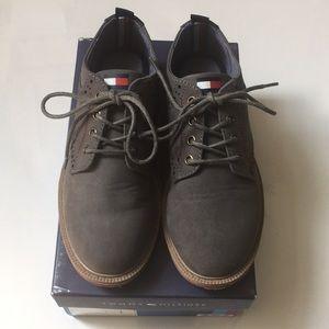 Classic Tommy Hilfiger boys dress shoes